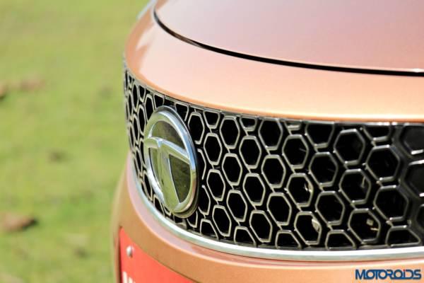 Tata-Tigor-review-front-grille-600x400