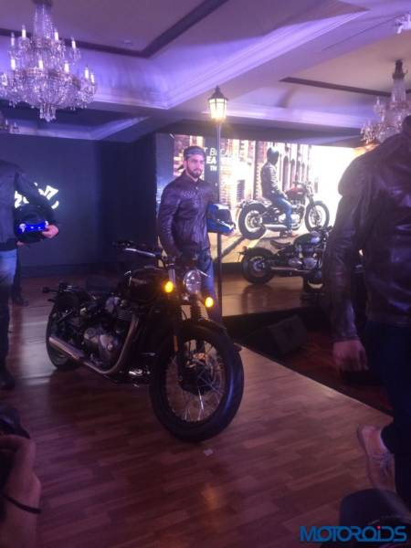 Triumph-Bonneville-Bobber-India-Launch-15-450x600