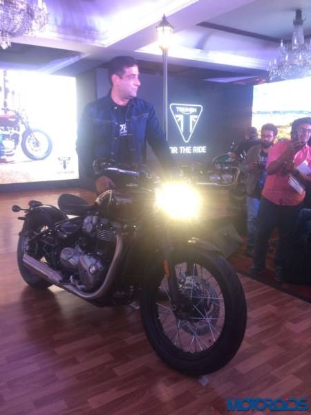 Triumph-Bonneville-Bobber-India-Launch-16-450x600