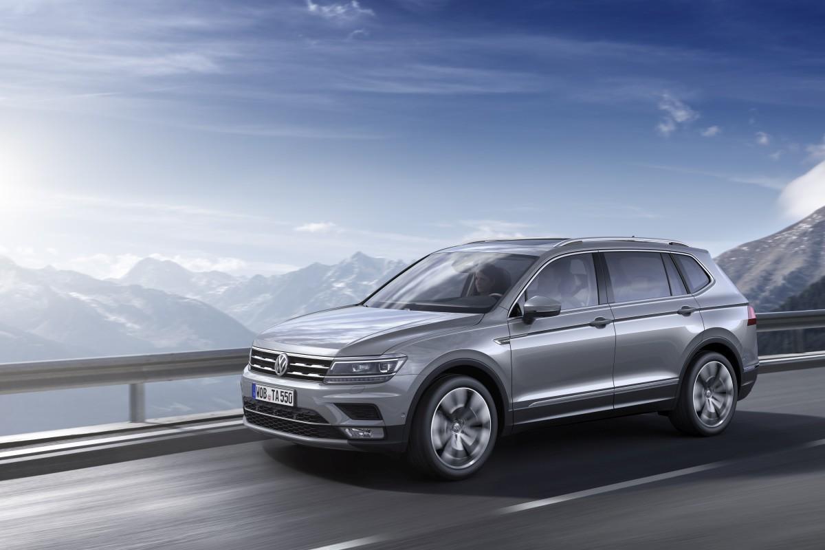 Volkswagen-Tiguan-Allspace-Official-Images-10