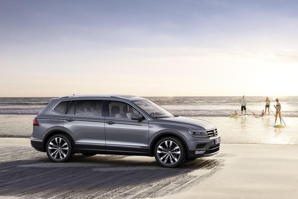 Volkswagen-Tiguan-Allspace-Official-Images-15