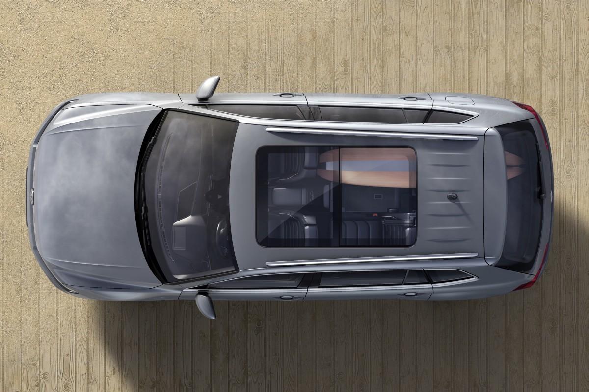 Volkswagen-Tiguan-Allspace-Official-Images-19