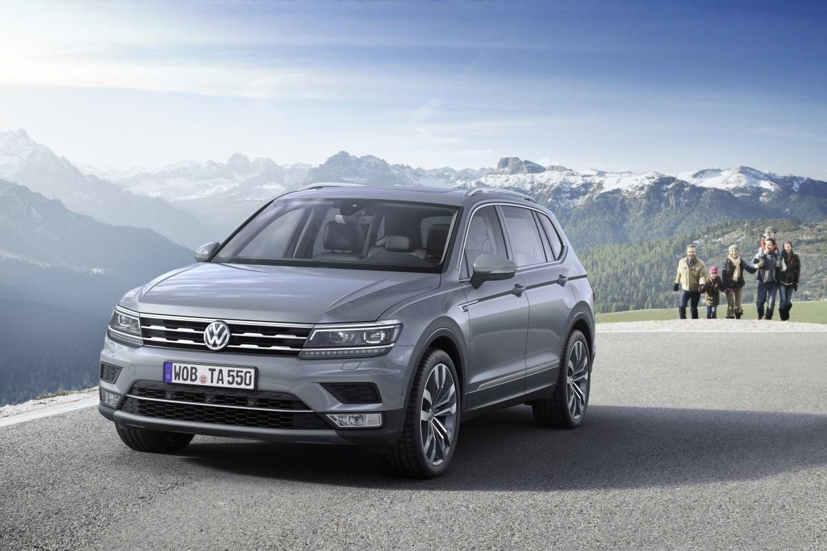 Volkswagen-Tiguan-Allspace-Official-Images-3