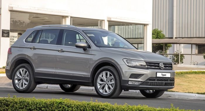volkswagen tiguan launched in india prices start at inr lakh motoroids. Black Bedroom Furniture Sets. Home Design Ideas