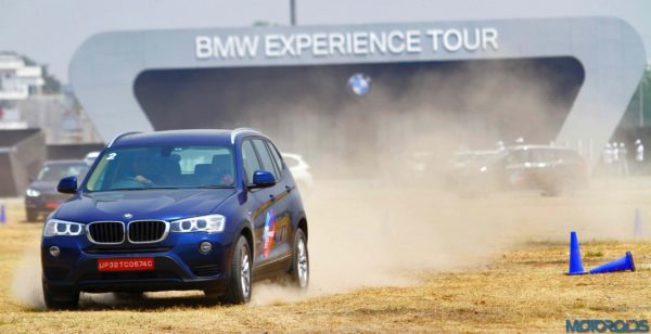 03-The-BMW-X3-in-action-at-the-BMW-Experience-Tour-in-Lucknow-600x308