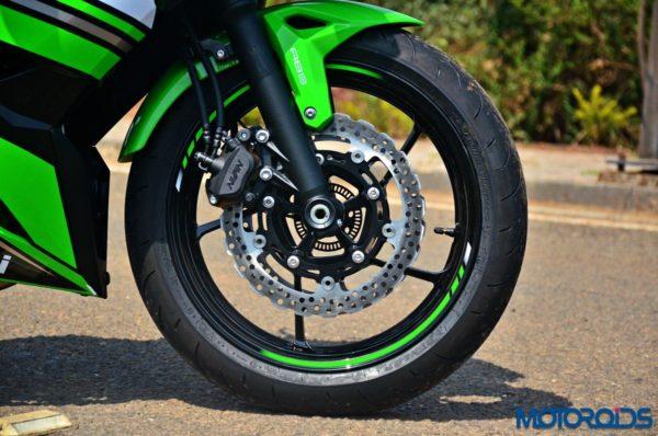 2017-Kawasaki-Ninja-650-First-Ride-Review-2-600x398