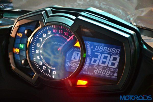 2017-Kawasaki-Ninja-650-First-Ride-Review-21-600x398