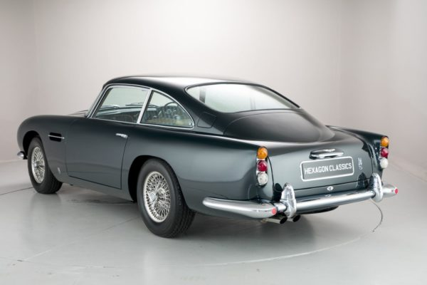 Aston-Martin-DB5-Sale-2-600x400