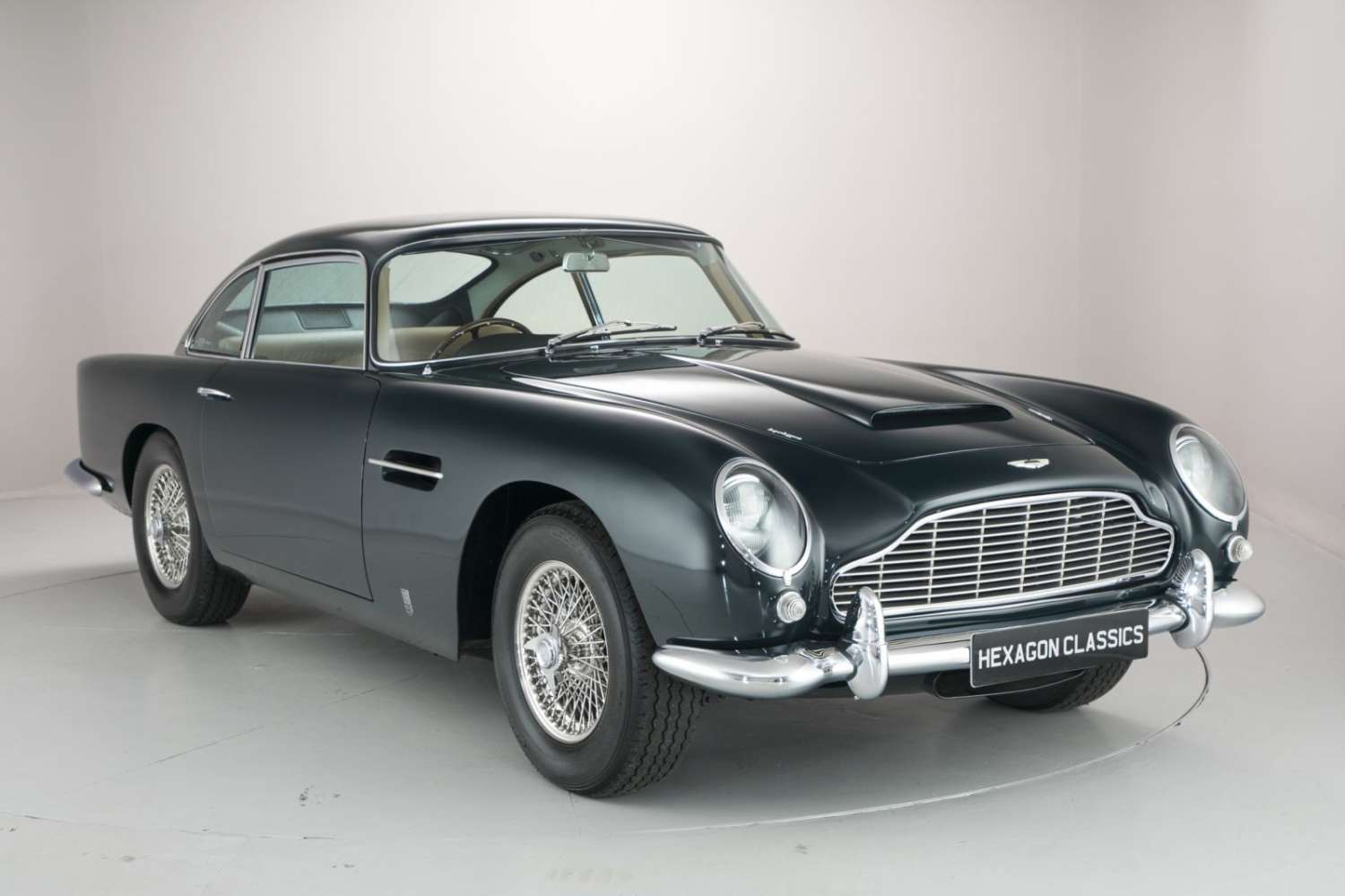 iconic aston martin db5 once owned by prince aga khan is up for sale priced at inr crore. Black Bedroom Furniture Sets. Home Design Ideas
