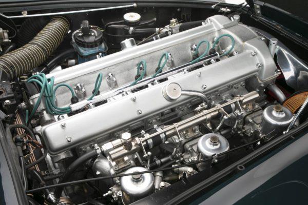 Aston-Martin-DB5-Sale-6-600x400