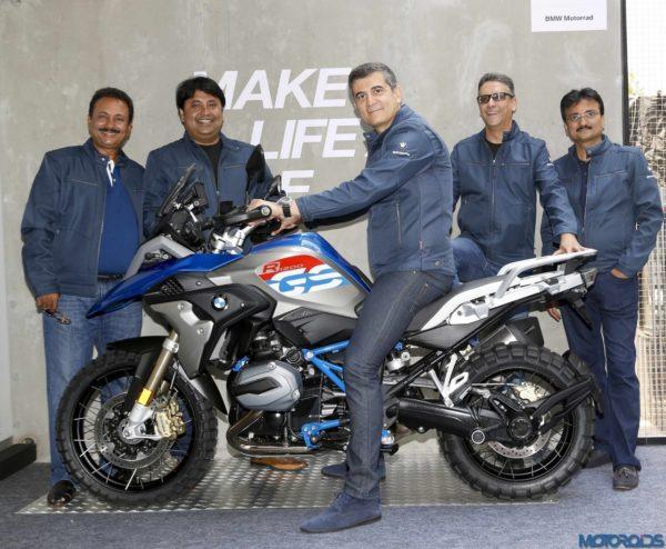 BMW-Motorrad-Navnit-Mumbai-1-600x494