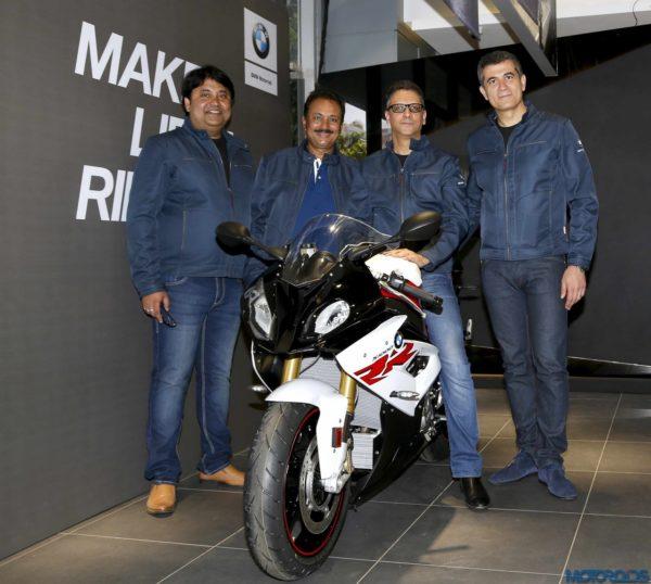 BMW-Motorrad-Navnit-Mumbai-2-600x538