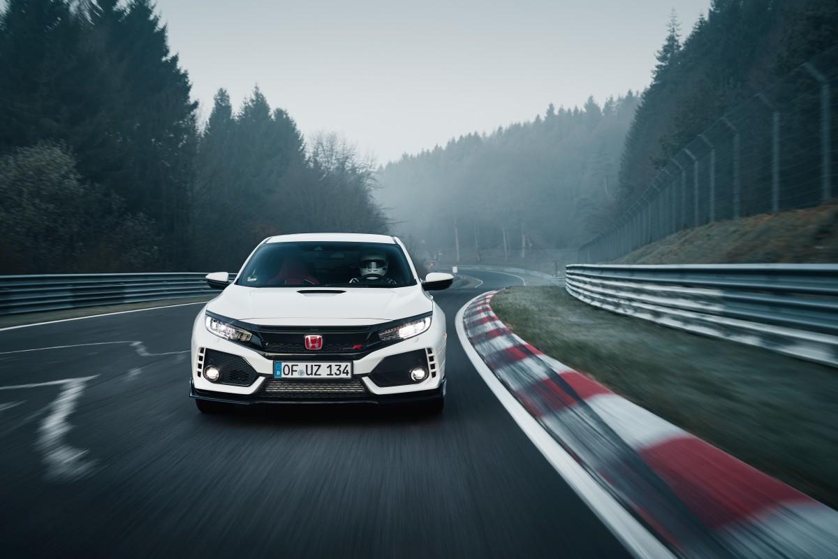 2017 Honda Civic Type R Sets New Record At The Nurburgring ...