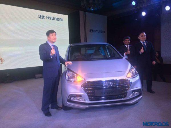 Hyundai-Xcent-facelift-launch-30-600x450