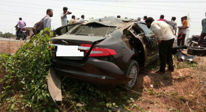 Here's What A Stray Buffalo Did To A Jaguar XF