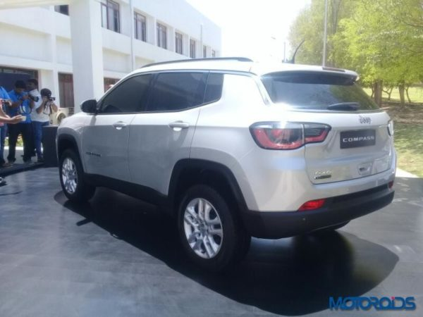 Jeep-Compass-India-25-600x450