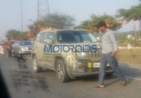 Jeep-Renegade-spied-1-600x420