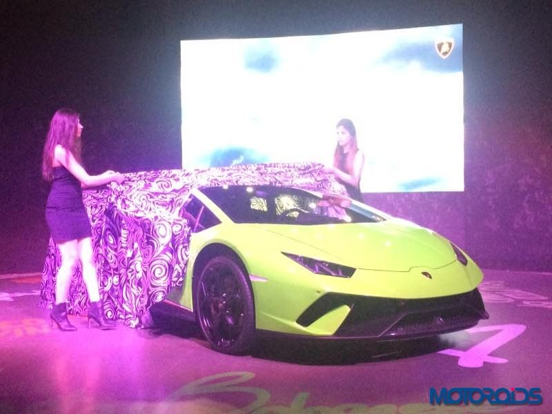 live lamborghini huracan performante launch details images specification. Black Bedroom Furniture Sets. Home Design Ideas