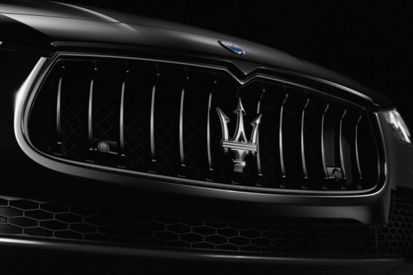 Maserati-Ghibli-Nerissimo-New-York-International-Auto-Expo-2-600x400