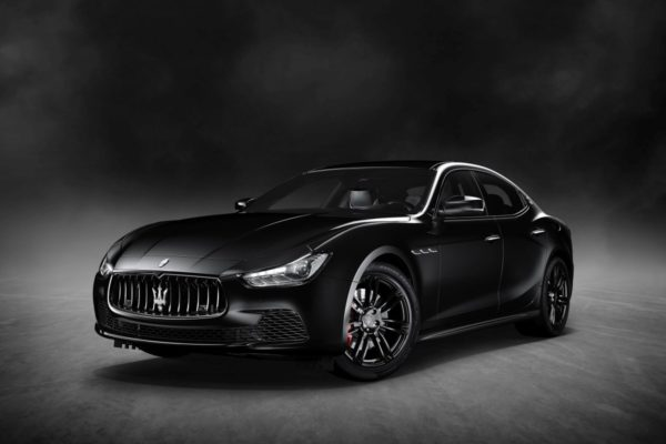 Maserati-Ghibli-Nerissimo-New-York-International-Auto-Expo-3-600x400