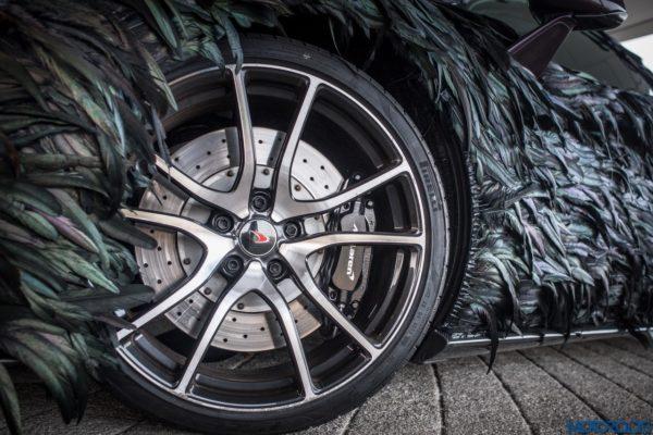 McLaren-Feather-Wrap-7-600x400