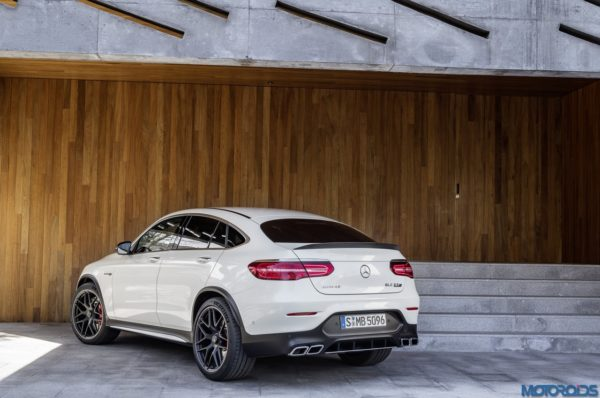 Mercedes-AMG-GLC-63-4MATIC-Coupé-15-600x398