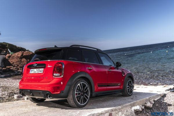 Mini-John-Cooper-Works-Countryman-1-600x400
