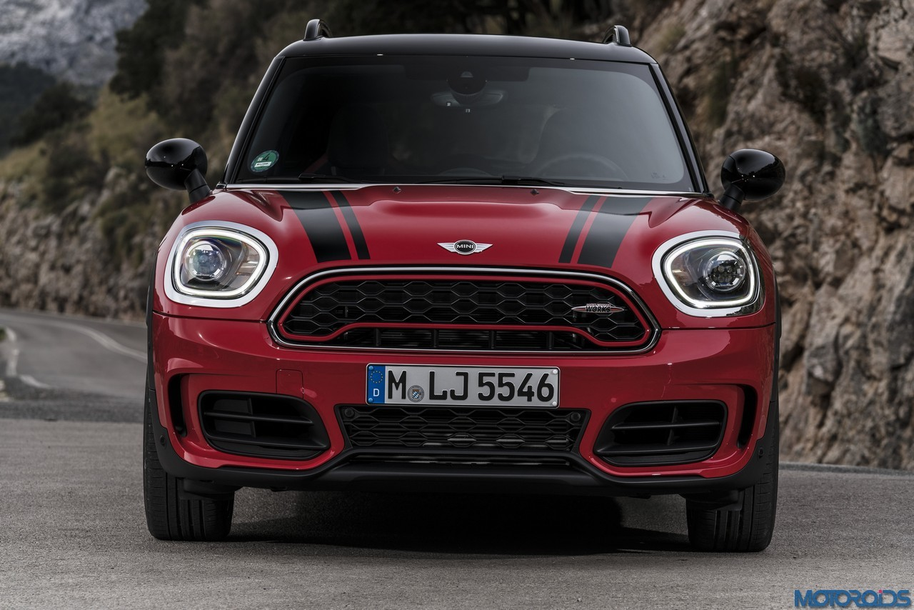 the new mini countryman gets the john cooper works. Black Bedroom Furniture Sets. Home Design Ideas