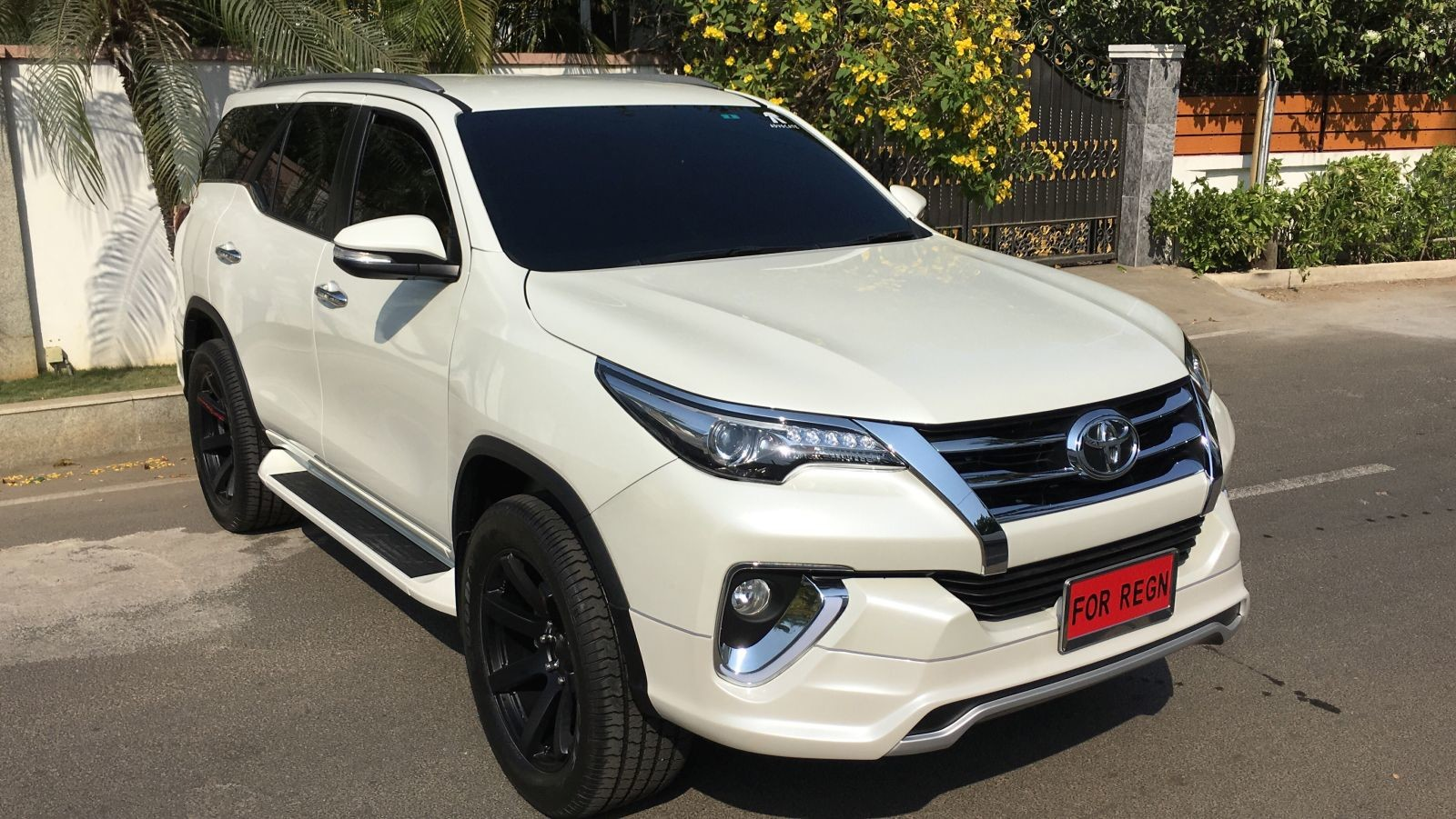 also read this modified toyota fortuner with a nippon body kit costs