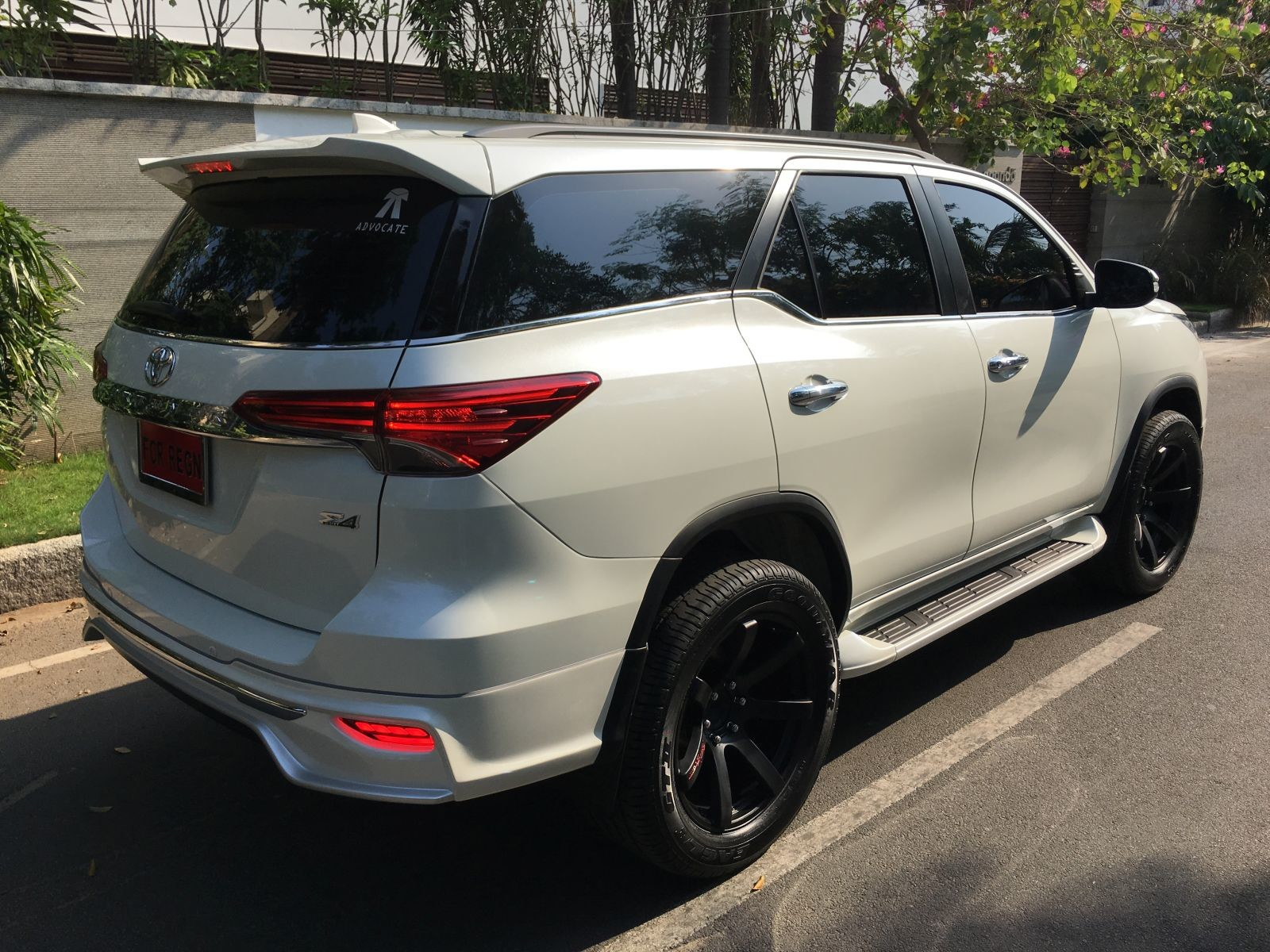 Toyota Fortuner Muscles Up With Fiar Design Body Kit