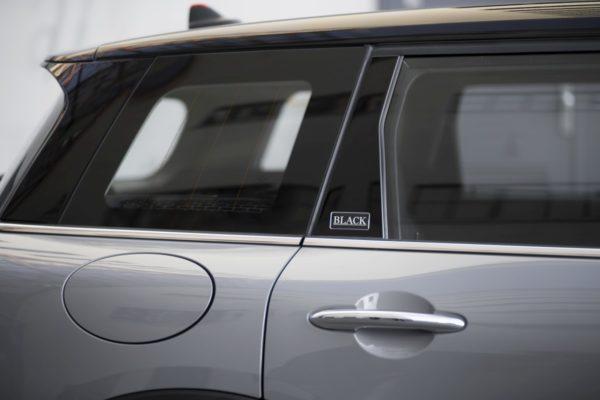 New-Mini-Cooper-Black-Pack-4-600x400