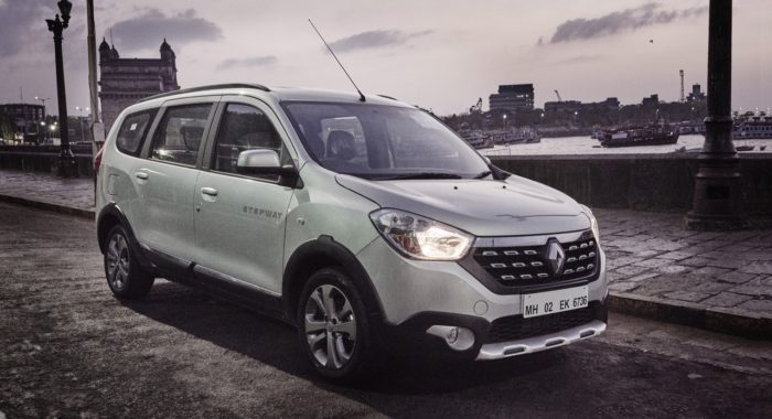 Report – Renault Lodgy Stepway Night Drive Experience And Sunset Yacht Cruise In Mumbai