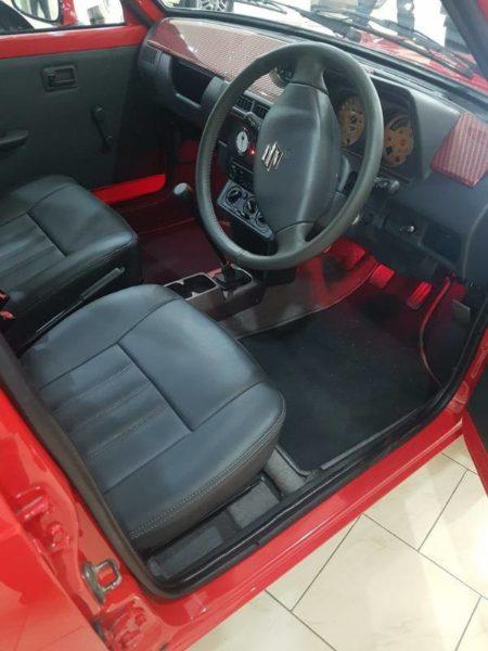 Restomodded-Maruti-SS80-modified-interior-2-450x600