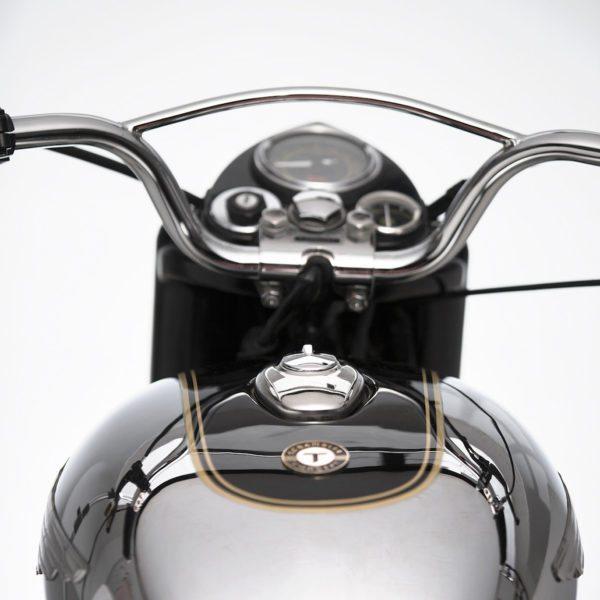 Royal-Enfield-Bullet-350-The-Moltar-6-600x600