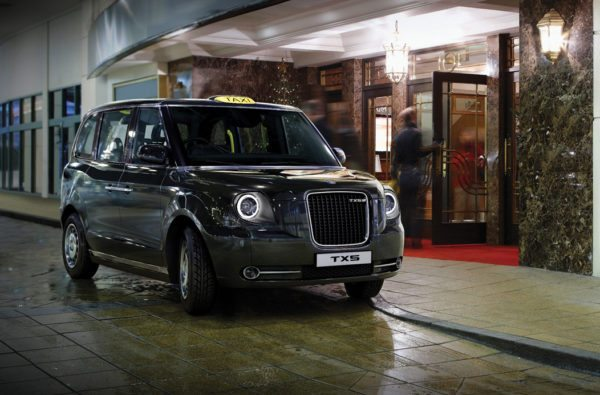 The-London-Taxi-Company-Geely-TX5-15-600x395