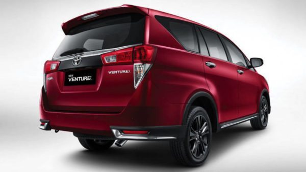 April 21, 2017-Toyota-Innova-Crysta-Touring-Sport-2-1-600x339.jpg