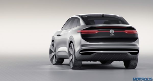 April 21, 2017-Volkswagen-I.D.-CROZZ-at-Shanghai-24-600x316.jpg