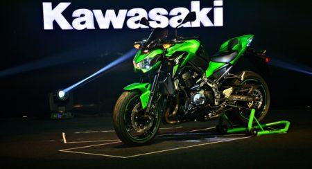 2017 Kawasaki Z900 First Ride Review (21)