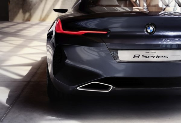 BMW-8-Series-Concept-Unveiled-19-600x409
