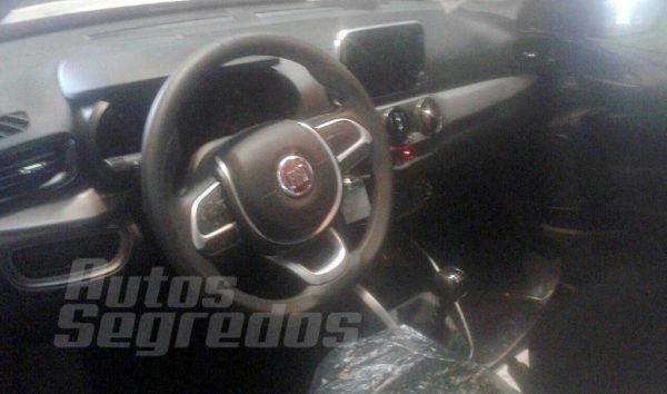 May 22, 2017-Fiat-Argo-interior-dashboard-1-1-600x354.jpg