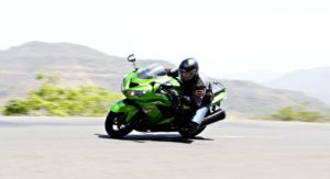Five Simple Tips to Ride Motorcycles Faster, Safer And Better – For the Everyday Rider