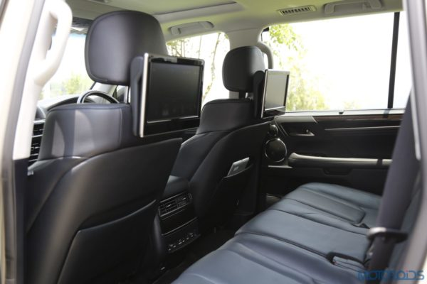 Lexus LX 450d - Seats