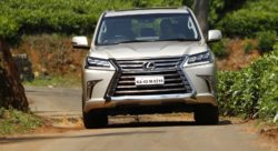 Lexus LX 450d Front Action shots