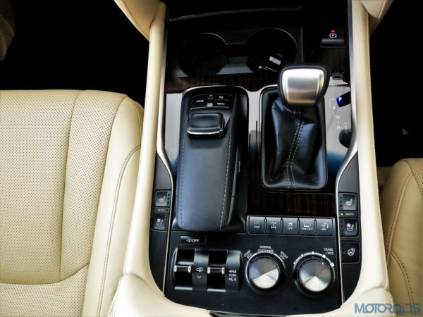Lexus LX 450d - beautiful looking switches and dials