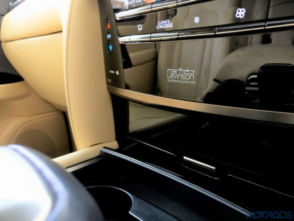 Lexus LX 450d - A 19-speaker Mark Levinson audio system