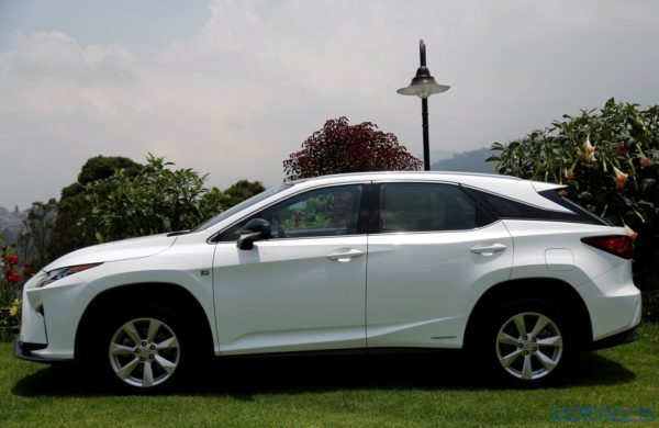 Lexus RX 450h F Sport - side view
