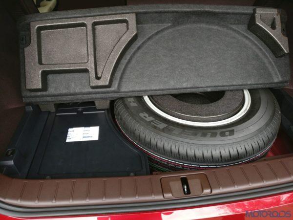 Lexus RX 450h - Spare Wheel