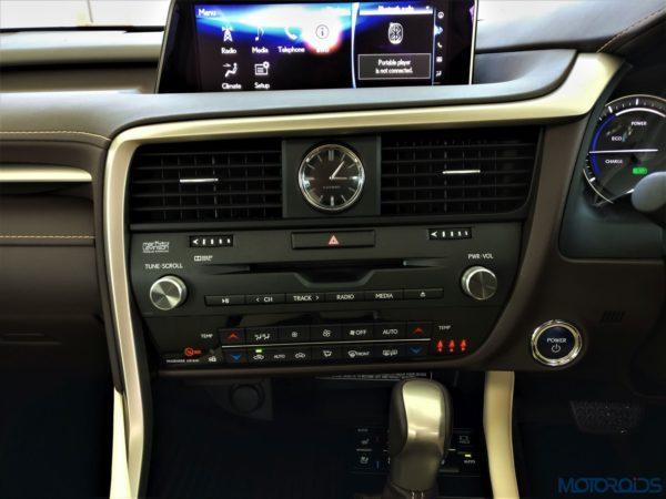 Lexus RX 450h - Mark Levinson sound system