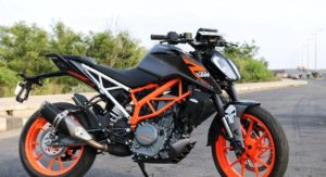 This Modified 2017 KTM 390 Duke With A Matte Black Wrap Looks Sinister