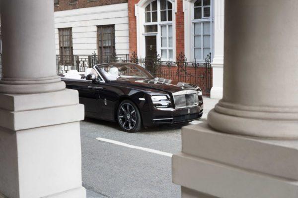 One-Off-Rolls-Royce-Dawn-Mayfair-Edition-6-600x400